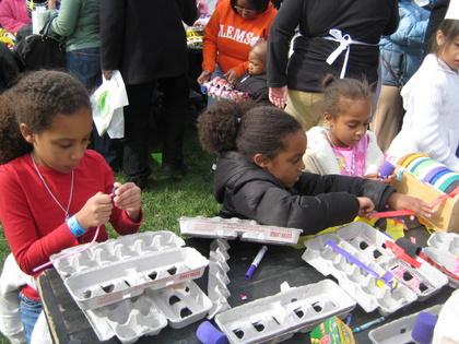 http://www.chocolatecityweb.com/BlogPics/April2009/Easter/whitehouse019.JPG