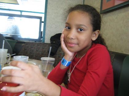 http://www.chocolatecityweb.com/BlogPics/April2009/Easter/whitehouse033.JPG