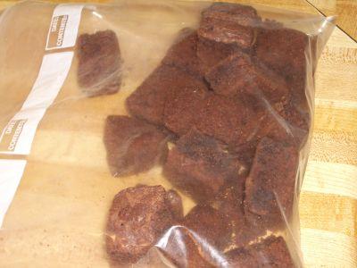 http://www.chocolatecityweb.com/BlogPics/Dec2006/Sweets/brownies.jpg