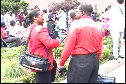 http://www.chocolatecityweb.com/BlogPics/July2009/folks/red4.jpg