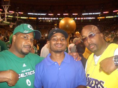 http://www.chocolatecityweb.com/BlogPics/June2008/Celtics2/NBAFinals017.jpg