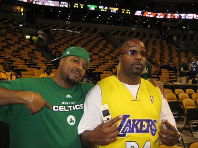 http://www.chocolatecityweb.com/BlogPics/June2008/Celtics2/NBAFinals018.jpg