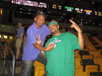 http://www.chocolatecityweb.com/BlogPics/June2008/Celtics2/NBAFinals019.jpg