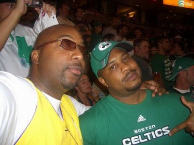 http://www.chocolatecityweb.com/BlogPics/June2008/Celtics2/NBAFinals020.jpg
