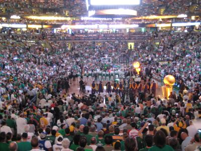 http://www.chocolatecityweb.com/BlogPics/June2008/Celtics2/NBAFinals024.jpg
