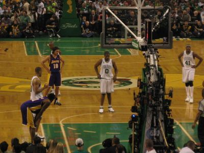 http://www.chocolatecityweb.com/BlogPics/June2008/Celtics2/NBAFinals027.jpg