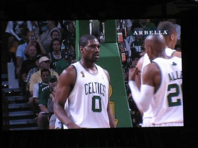 http://www.chocolatecityweb.com/BlogPics/June2008/Celtics2/NBAFinals028.jpg