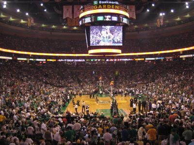 http://www.chocolatecityweb.com/BlogPics/June2008/Celtics2/nbafinals026.jpg
