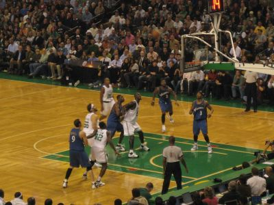 http://www.chocolatecityweb.com/BlogPics/Nov2007/Boston/celtics11.jpg