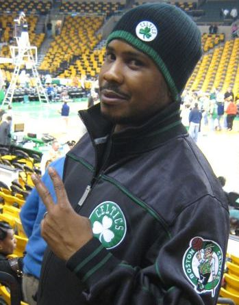 http://www.chocolatecityweb.com/BlogPics/Nov2007/Boston/celtics9.jpg