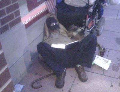 http://www.chocolatecityweb.com/BlogPics/Sept2008/homelessdude.jpg